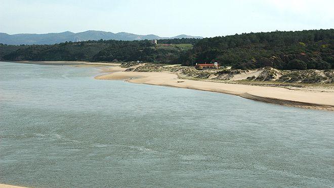 Praia das Furnas Place: Vila Nova de Milfontes - Odemira Photo: ABAE
