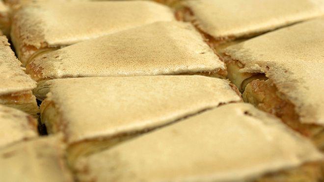 Pasteis Jesuítas - Portuguese traditional pastry Place: Santo Tirso Photo: Turismo de Portugal