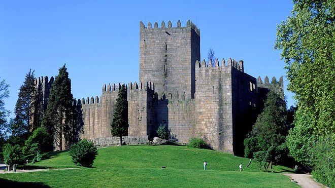 Castelo de Guimarães Local: Guimarães Foto: João Paulo