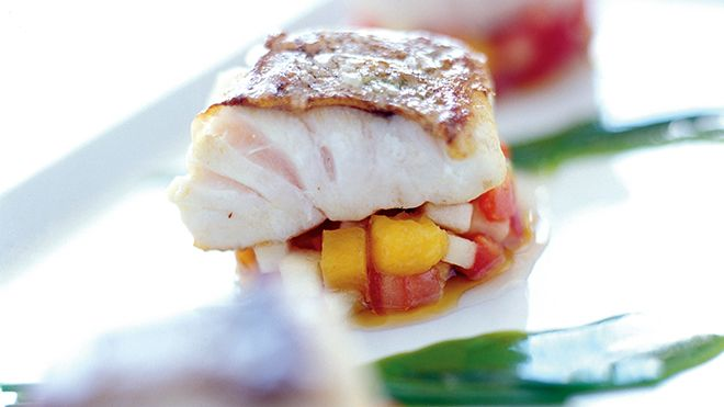 Fish with vegetables Lieu: Algarve Photo: Grupo Lagrimas