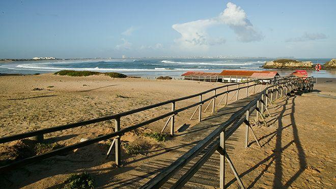 Praia do Baleal 地方: Peniche 照片: Shutterstock_CN_Gustavo Miguel Fernandes