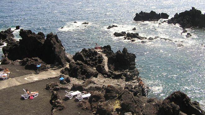 Zona Balnear da Preguiça Luogo: Velas - São Jorge Photo: ABAE