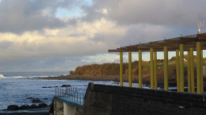 Zona Balnear dos Anjos Local: Santa Maria - Açores Foto: ABAE