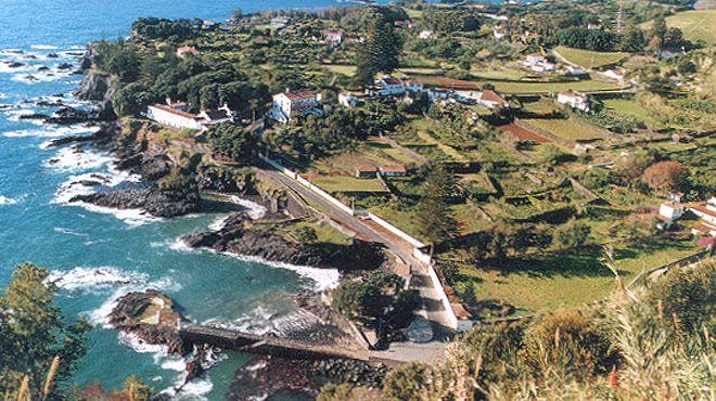 Zona Balnear do Porto da Caloura Ort: Lagoa - São Miguel Foto: ABAE