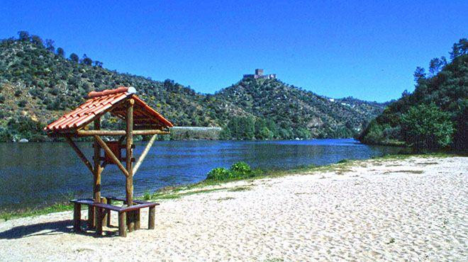 Praia fluvial da Quinta do Alamal Place: Gavião Photo: Arquivo Turismo de Portugal