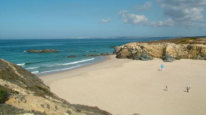 Praia Grande de Porto Covo Ort: Sines Foto: ABAE