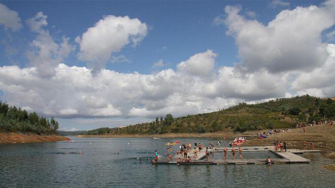 Praia fluvial da Aldeia do Mato Luogo: Abrantes Photo: ABAE