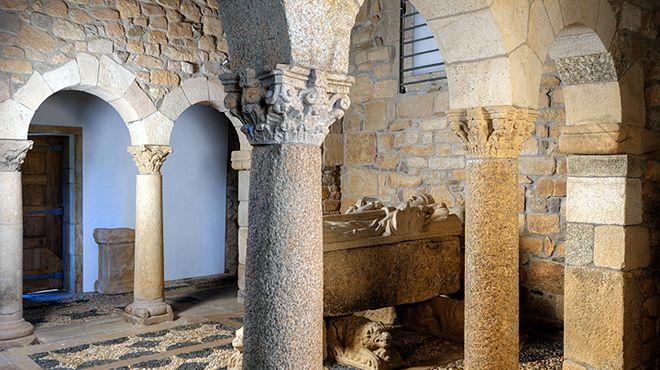Capela de São Pedro de Balsemão 場所: Balsemão - Lamego 写真: Direção Regional Cultura Norte