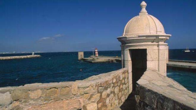 Forte da Ponta da Bandeira Plaats: Lagos Foto: Arquivo Turismo de Portugal