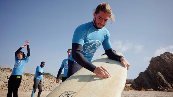 Free Spirit Surf camp and Surf School in Cascais Foto: Free Spirit Surf camp and Surf School in Cascais