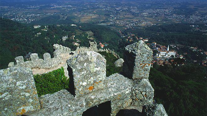 Castelo dos Mouros - Sintra Place: Sintra