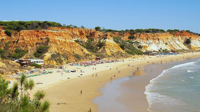 Praia do Barranco das Belharucas Photo: Credito Helio Ramos - Turismo do Algarve