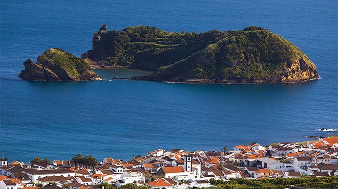 Reserva Natural Regional Ilhéu de Vila Franca Photo: Veraçor - Turismo dos Açores