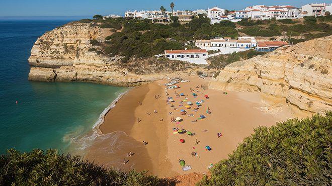 Praia de Benagil 地方: Lagoa 照片: Turismo do Algarve