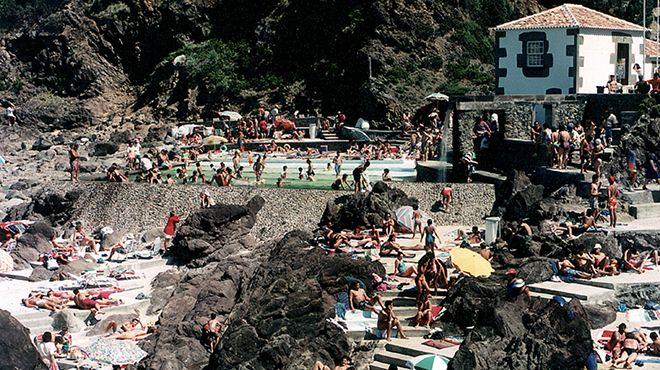 Zona Balnear das Quatro Ribeiras Local: Praia da Vitória - Ilha Terceira Foto: ABAE