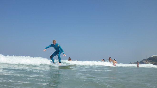 Surf At Praia das Maçãs Local: Colares - Sintra Foto: Surf At Praia das Maçãs