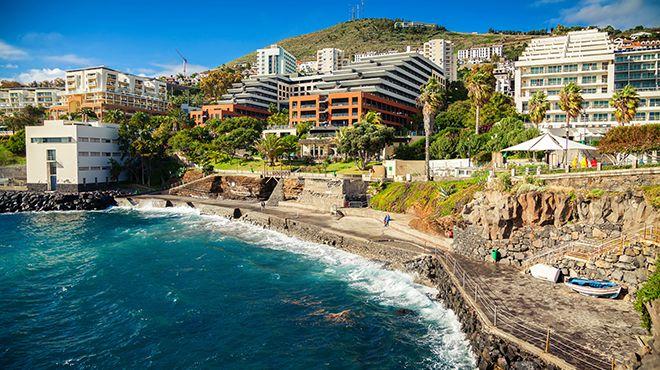 Complexo Balnear do Lido Local: Funchal Foto: Shutterstock_MD_Anna Lurye