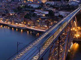 O Porto à noite