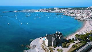 Baía 場所: Cascais 写真: Turismo do Estoril
