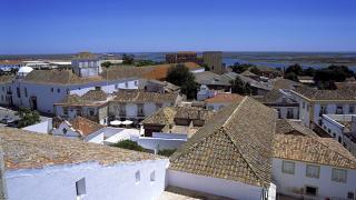Vista de Faro sobre Ria Formosa 地方: Faro 照片: Turismo de Portugal