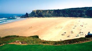 Praia de Odeceixe 場所: Odeceixe 写真: Turismo de Portugal