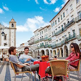 Praça do Giraldo, Évora