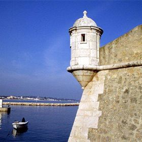 Forte da Ponta da Bandeira地方: Lagos照片: John Copland