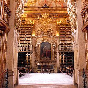 Biblioteca JoaninaФотография: Sebastião da Fonseca