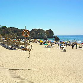 Praia dos Três IrmãosPhoto: Turismo do Algarve