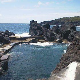 Zona Balnear do VaradouroLocal: AçoresFoto: Associação da Bandeira Azul Europa