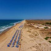 Praia do BarrilOrt: TaviraFoto: Shutterstock_AG_Sergio Stakhnyk