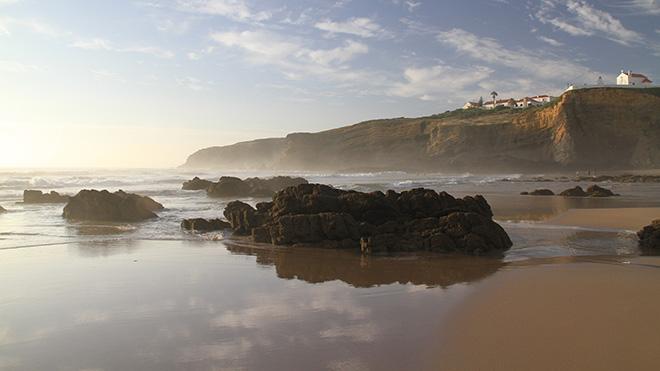 Zambujeira do Mar_Shutterstock-Francisco Caravana